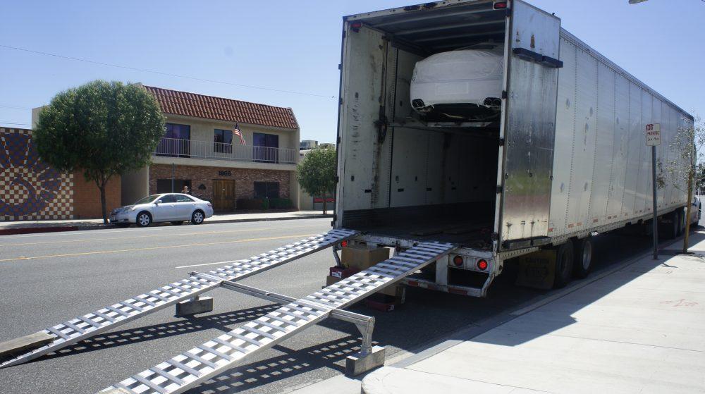 enclosed truck auto shipping, auto transport